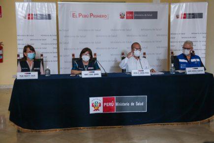 Ministro de Salud defiende conteo de muertes y cuestiona rigor de IDL Reporteros