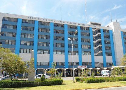 Arequipa: roban equipos del hospital Essalud y clínica el mismo día
