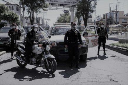 Policías infectados| AL VUELO noticias desde Arequipa – Perú  10/04/20