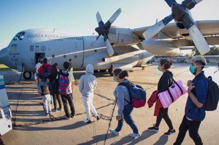 Coronavirus: Dos aviones de Argentina llegan a Arequipa en puente aéreo