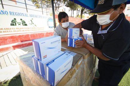 Llegaron 20 mil pruebas rápidas informó Comando Regional COVID-19 Arequipa