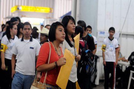 Trabajadores en suspensión| AL VUELO noticias desde Arequipa – Perú  13/04/20