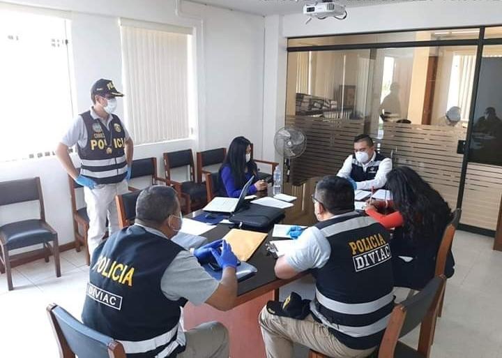 Fiscalía tomó declaración a gerentes de Turismo y Transportes sobre cómo se coordinaba el retorno de las personas. Foto: Fiscalía