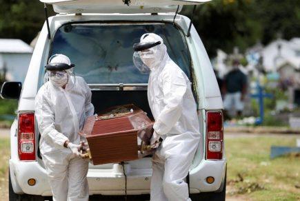 Más de 19 mil muertes en Perú en agosto proyecta Universidad de Washington