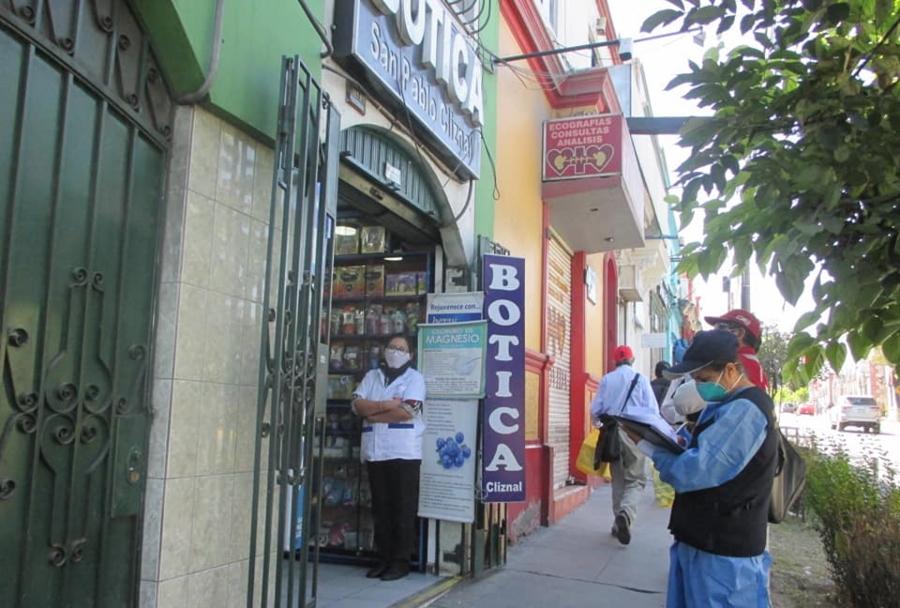 Arequipa: fiscalizan farmacias ante la especulación de precios en medicinas
