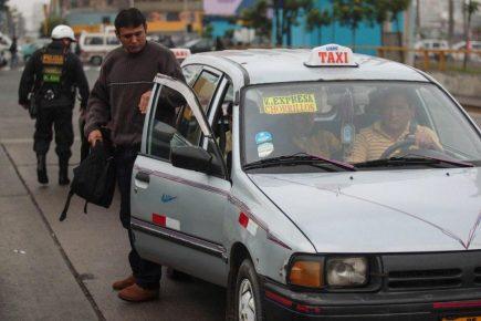 Arequipa: Universidades se oponen a legalización de taxis colectivos