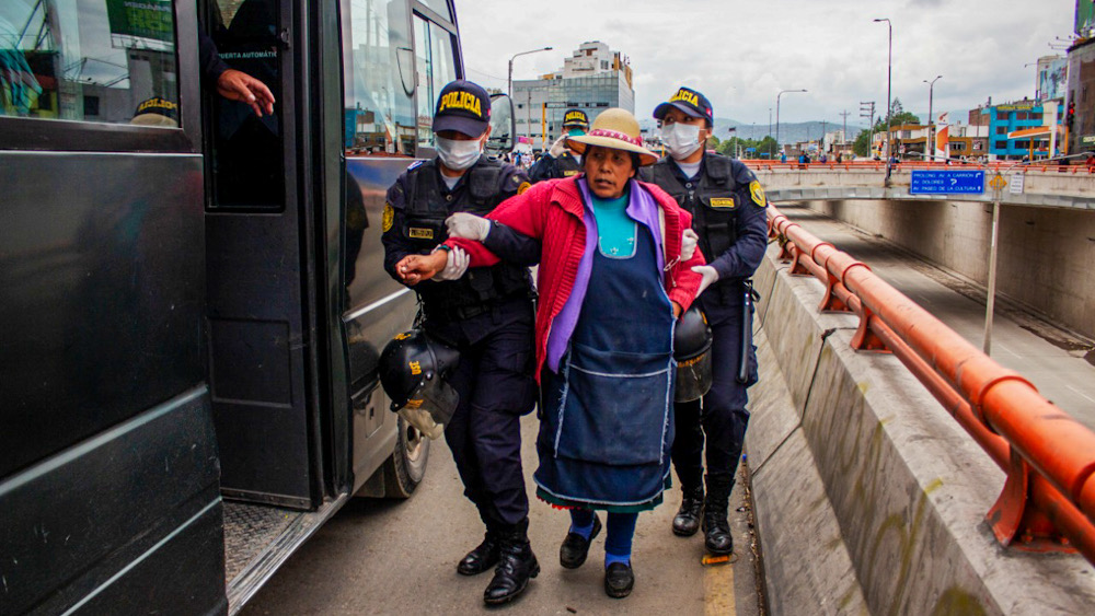 Arequipa ambulantes transeúntes detenidos