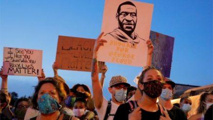 El asesinato de un hombre digno en Estados Unidos: la procesión va por dentro