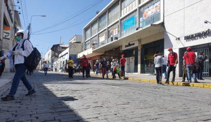 Arequipa «levantó» la cuarentena mientras contagios siguen en aumento