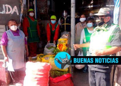 Policía de Mariano Melgar ayuda a comedor popular para gente de bajos recursos