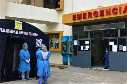 Arequipa: Policía con coronavirus fallece esperando una cama UCI
