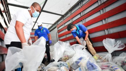 Contraloría: 130 funcionarios públicos recibieron canastas en Arequipa