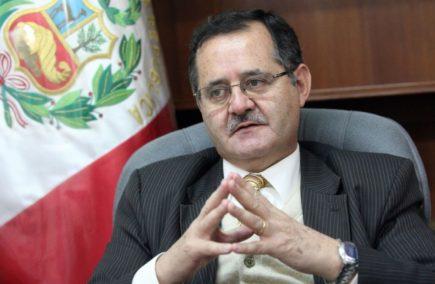 Marco Falconí interpone demanda ante el PJ por quedar fuera de la JNJ