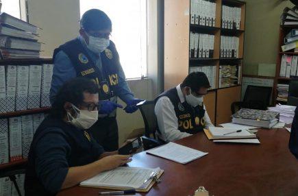 Fiscalía investiga presuntas irregularidades en cementerio Covid