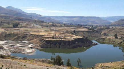 Arequipa: inician desembalse que provocó inundación en Achoma