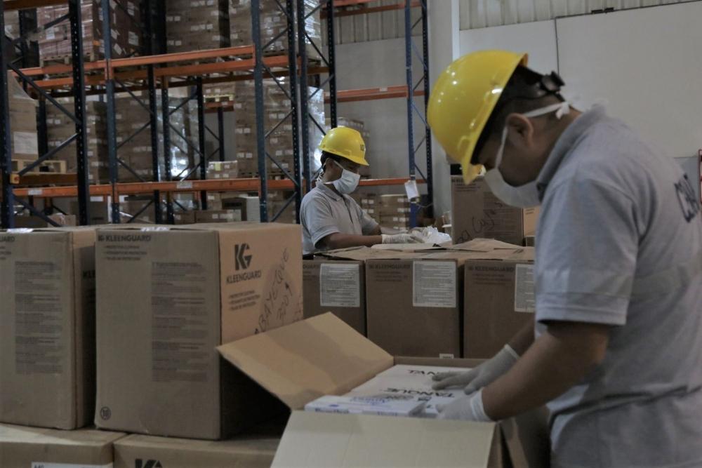 Arequipa: EPPS y medicamentos estaban guardados en almacén de salud
