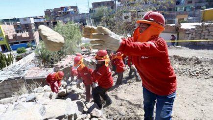 Arequipa: Municipios recibieron 12 millones para pistas, veredas y vías