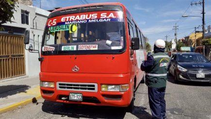 Arequipa: Denunciarán a transportistas que trabajen siendo positivos a COVID-19