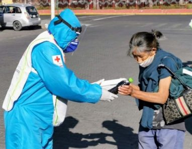 Arequipa celebra 480 años luchando contra un enemigo invisible