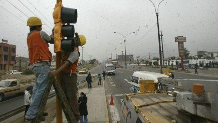 Arequipa: empresa tardó 7 años en colocar semáforos en Cerro Colorado