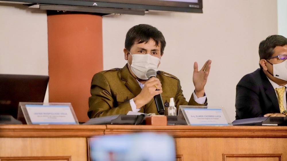 arequipa elecciones 2021 elmer caceres llica gobernador de arequipa