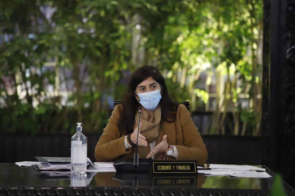 ministra Alva explica alternativas para ONP