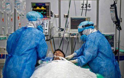 Arequipa: más de 90 pacientes covid en estado crítico permanecen en UCI