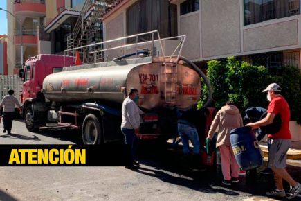 Rotura de tubería de reservorio dejó sin agua a tres distritos de Arequipa