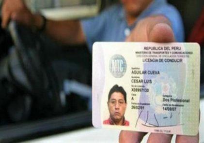 Cuidado: conducir con brevete vencido será multado hasta con 2 mil 580 soles