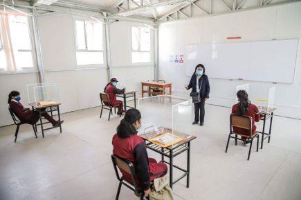Arequipa reinicia labores escolares en Yanaquihua (FOTOS)