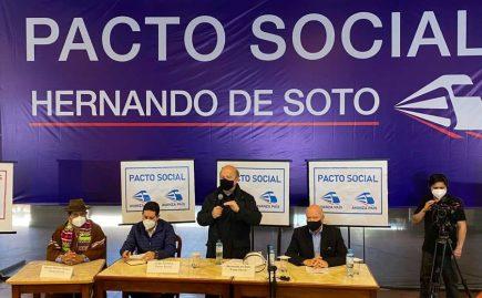 Hernando de Soto y el incómodo momento que pasó al presentar su precandidatura (VIDEO)