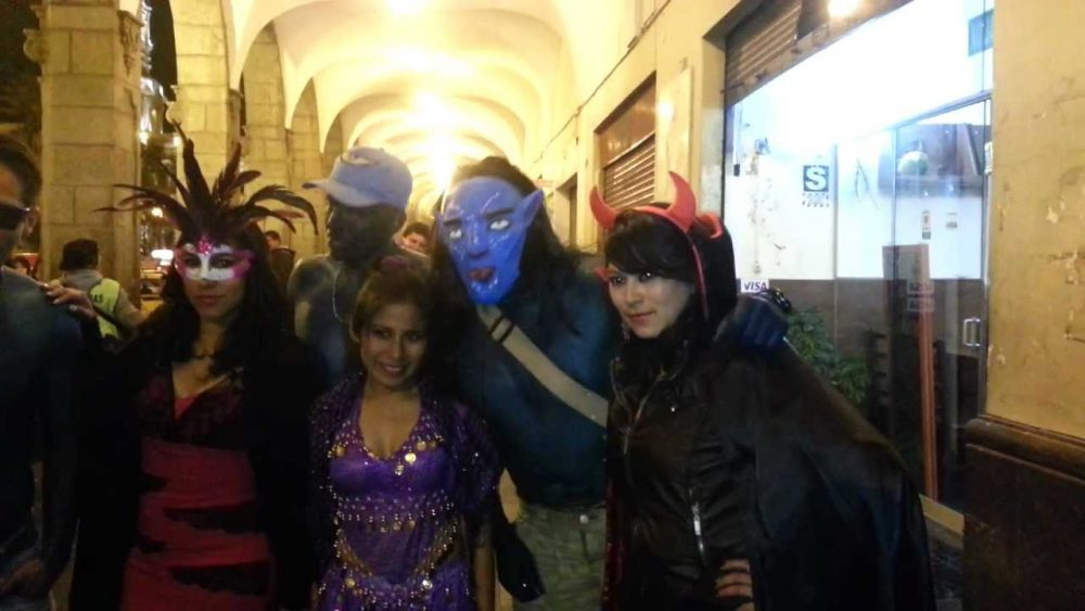 arequipa halloween cancion criolla 31 de octubre plaza de armas san francisco mercaderes