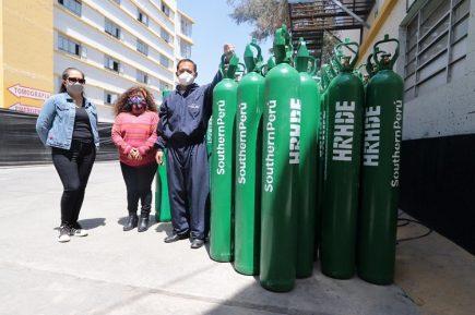 Empresa minera entregó balones de oxígeno a la gerencia regional de Salud