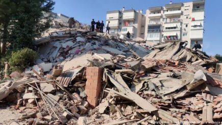Terremoto  de 7.0 deja 4 muertos y cuantiosos daños materiales