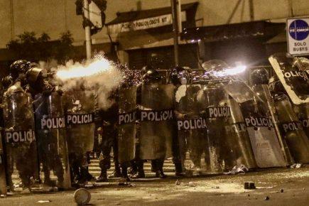 Arequipa: policías en retiro harán marcha contra críticas por represión en protestas