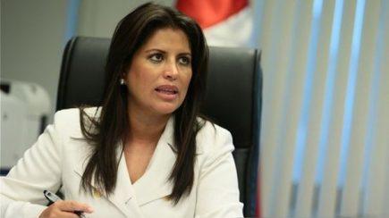 Carmen Omonte renuncia a bancada APP y 200 militantes de La Libertad dejan el partido