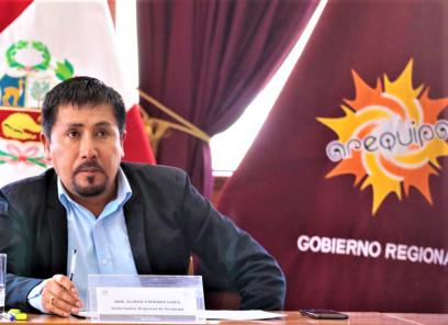 Gobernadores cierran filas a favor de Cáceres Llica por fallo de destitución