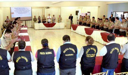 Víctor Zanabria continúa al mando de la Policía Nacional en Arequipa