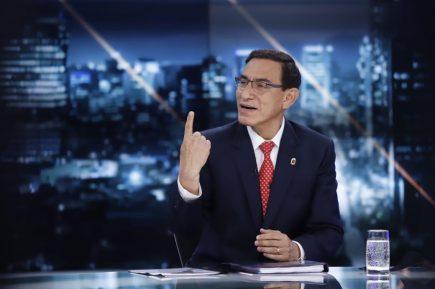 Martín Vizcarra dispara contra equipo Lava Jato mientras evalúa candidatura al Congreso