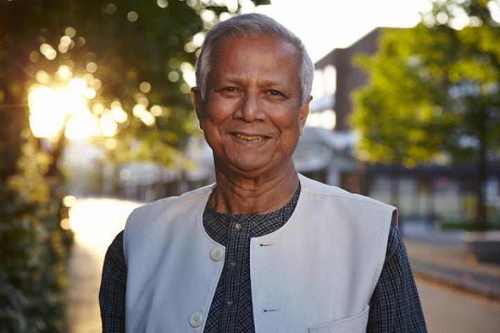 Yunus y el cambio de Constitución