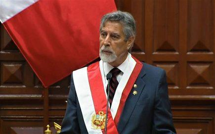 Circulan moción de censura contra Francisco Sagasti en el Congreso