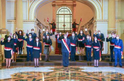 Los perfiles de los nuevos ministros de la presidenta del PCM Violeta Bermúdez