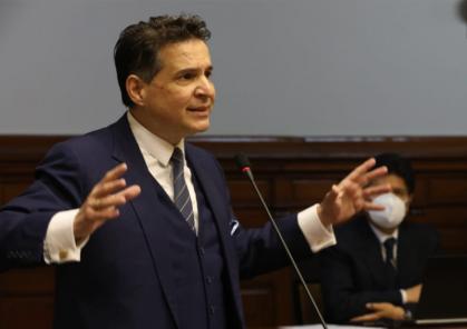"""Omar Chehade a Vizcarra: """"No le importa mentirle a la Nación con tal de salvar su pellejo""""(VIDEO)"""
