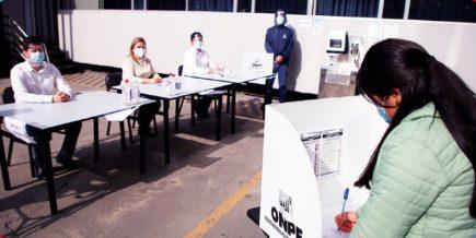 ONPE:  Yonhy Lescano, Julio Guzmán y Nidia Vílchez virtuales candidatos presidenciales