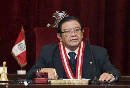 Juez arequipeño Jorge Luis Salas Arenas asume la presidencia del JNE