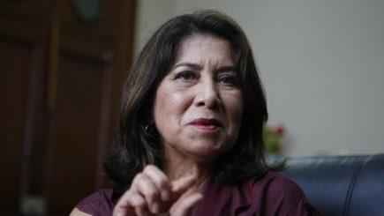"""Investigarán a Martha Chávez por sus """"expresiones racistas"""" contra Vicente Zeballos"""