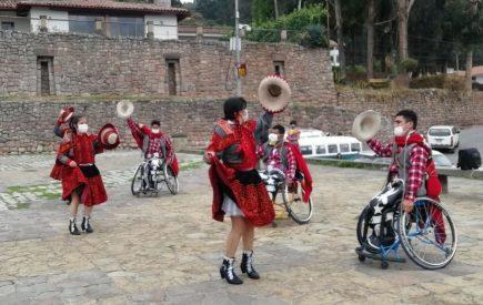 Cusco: Pacientes en silla de ruedas participan en concurso de danza