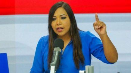 """Congresista Cecilia García en audio llama """"asesinos"""" a  miembros de Mesa Directiva"""