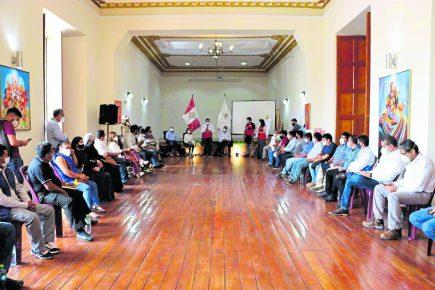 Trabajadores agrarios de Ica piden ser incluidos en mesa de diálogo con La Libertad