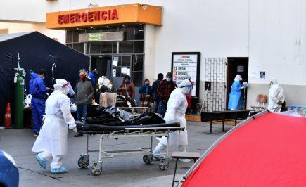 Arequipa se quedó sin camas UCI disponibles en hospitales del Minsa y EsSalud